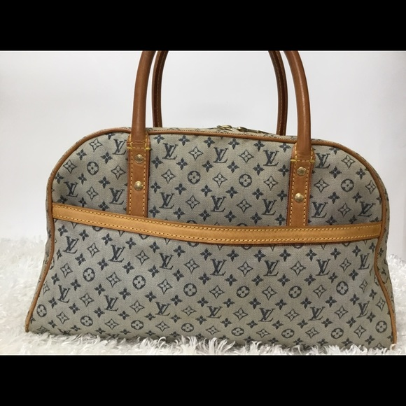 3bc5b32d64d0 Louis Vuitton Handbags - Authentic Louis Vuitton Mini Lin Maria Bag